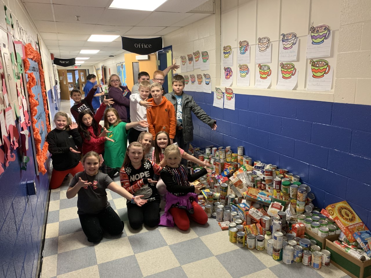 Junior Beta Club canned food drive